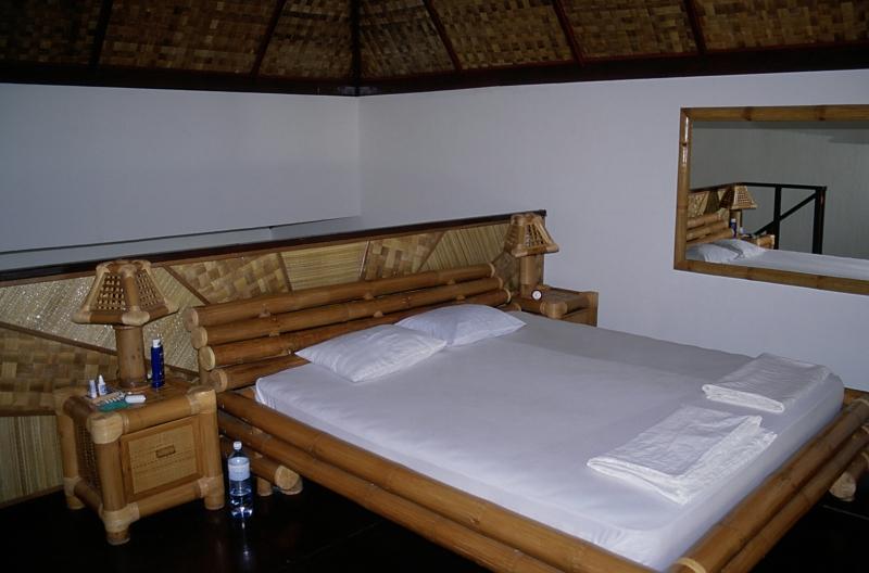 unser 2x2m Bambus-Bett