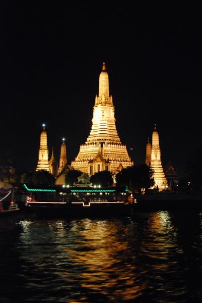 Wat Arun - abends noch schöner als am Tag